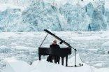 Ludovico-Einaudi-playing-in-the-Arctic-Ocean-2016-billboard-1548