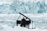 Ludovico-Einaudi-playing-in-the-Arctic-Ocean-2016-billboard-1548
